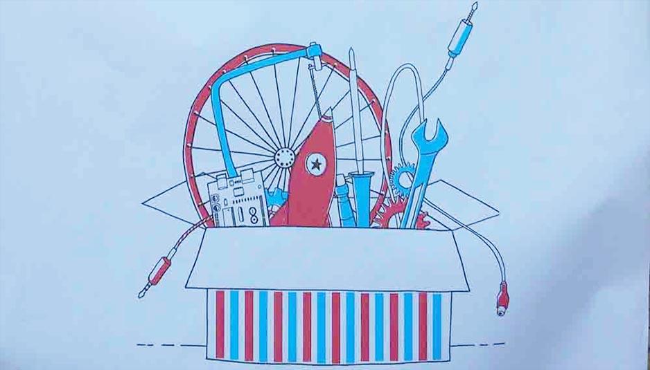 Casa, house, Casa Jasmina, Torino Mini Maker Faire, Makers Movement, Movimento Makers, Domotica, Smart House, Energy, Energia, Casa intelligente, sprechi, waste, design, re-use, riciclo, architettura, design interni, nuovi materiali, new materials, furniture, appliances, suppellettili, oggetti, new materials, ambiente, environment, engineering, Arduino, ingegneria, elettronica, electronics, computer, data, Close-up Engineering