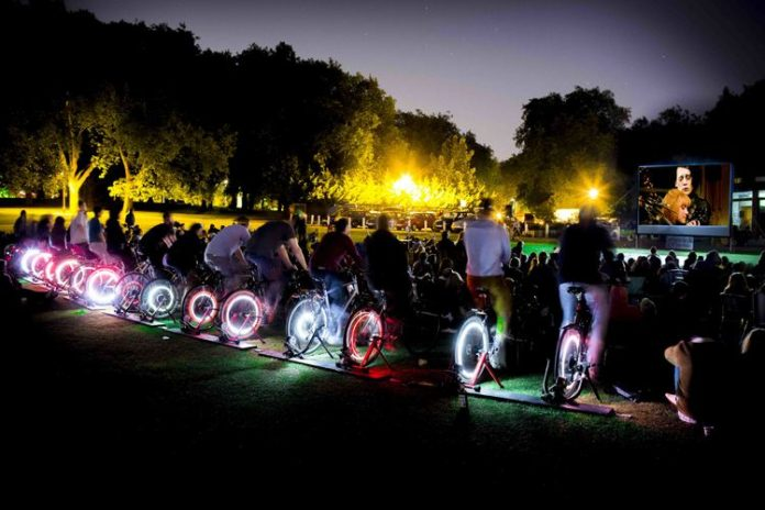 Elettricità, Biciclette, Fitness, Green, Electrical pedals, Energia, The green microgym, Sostenibilità, Generazione, Tecnologia, Energia pulita, Innovazione, Ambiente, Smart, Idee
