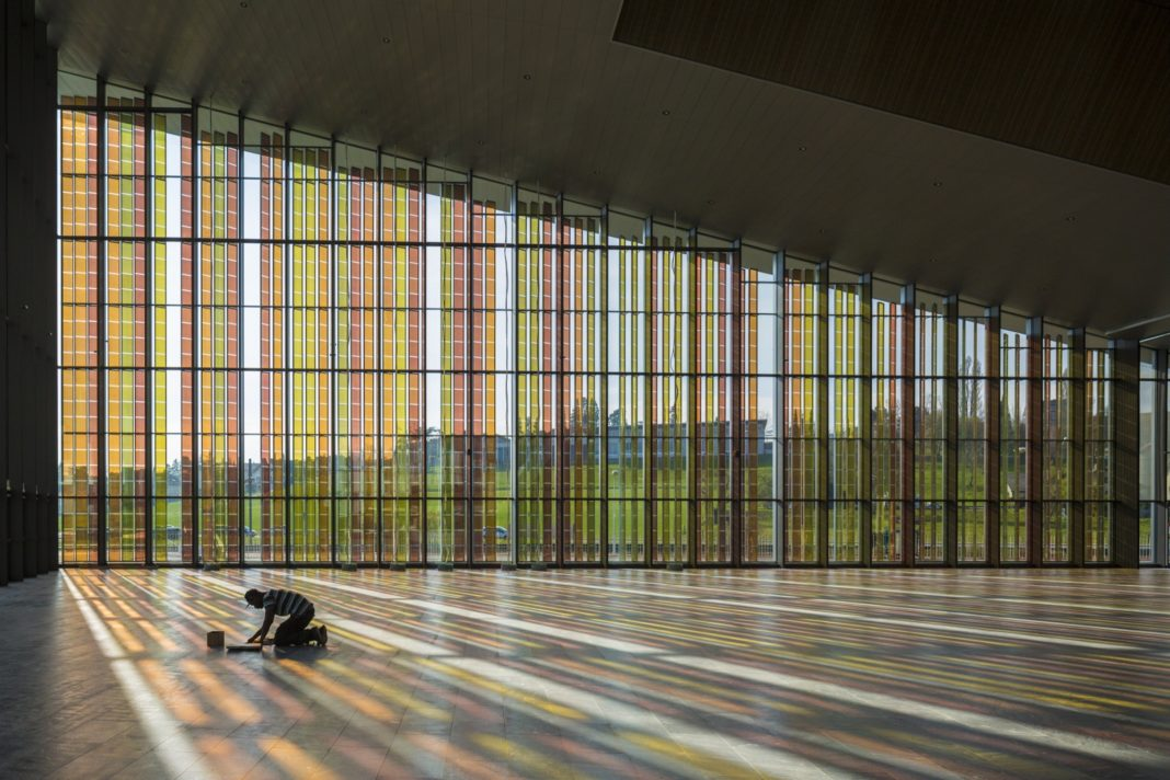 EPFL, Losanna, Svizzera, fotovoltaico, solare, pannelli, architettura, expo, austria, celle di graetzel, fotosintesi, rinnovabili, tecnologia, innovazione