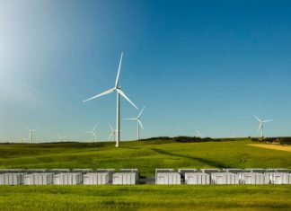 Batterie, litio-ioni, tesla, accumulo, australia, energia, rete, parco eolico, efficienza, continuità, rinnovabile, progetto, infrastrutture elettriche, close-up engineering