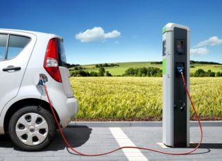 auto-elettriche-V2G-vehicle-to-grid-danni-batteria-carica-scarica-Close-up Engineering