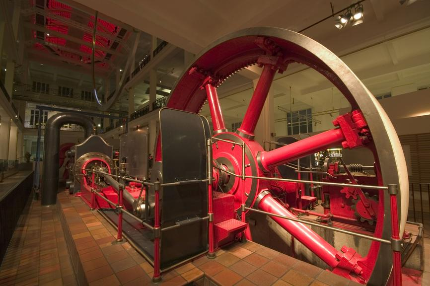 science museum, londra, energy hall, james watt, energia, vapore, macchine, engine, industria, vapore, motori, rivoluzione industriale, storia, scienza, ingegneria
