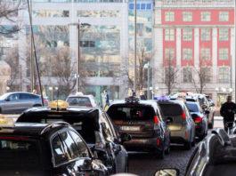 taxi-ricarica-wireless-oslo-fortum-momentum-dynamics-città-mobilità-elettrica-smart-city-airport-city-progetto-2023-emissioni