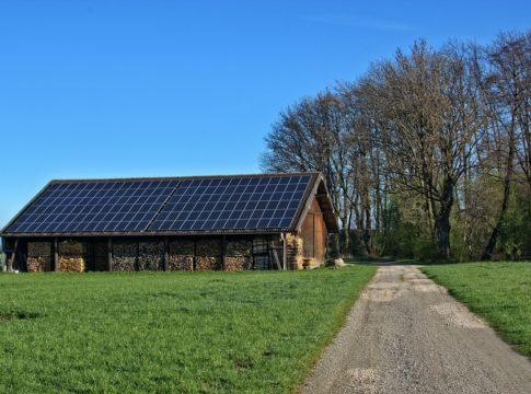 puglia, reddito energetico, m5S, regione, impianti, fv, pannelli, fotovoltaico, abitazioni, condomini, ISEE, povertà, ambiente, rinnovabili