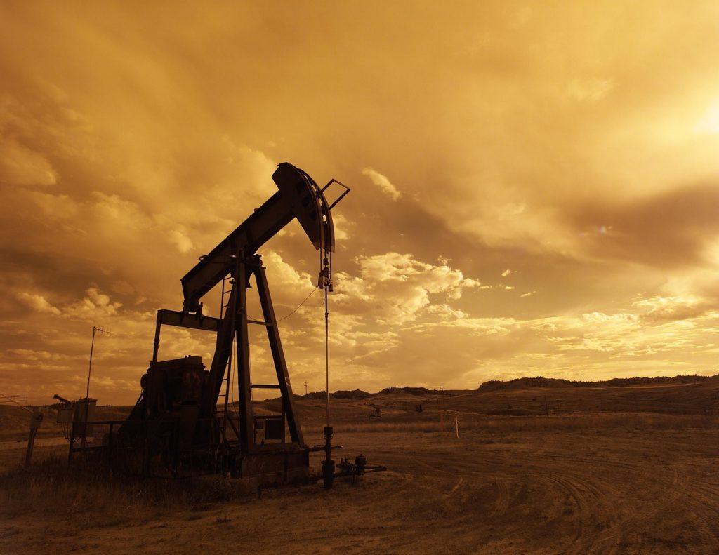 estrazione-petrolio-gas-naturale-emissioni-metano-co2-amministrazione-trump-limiti-epa-usa-obama-ambiente-combustione-CuE