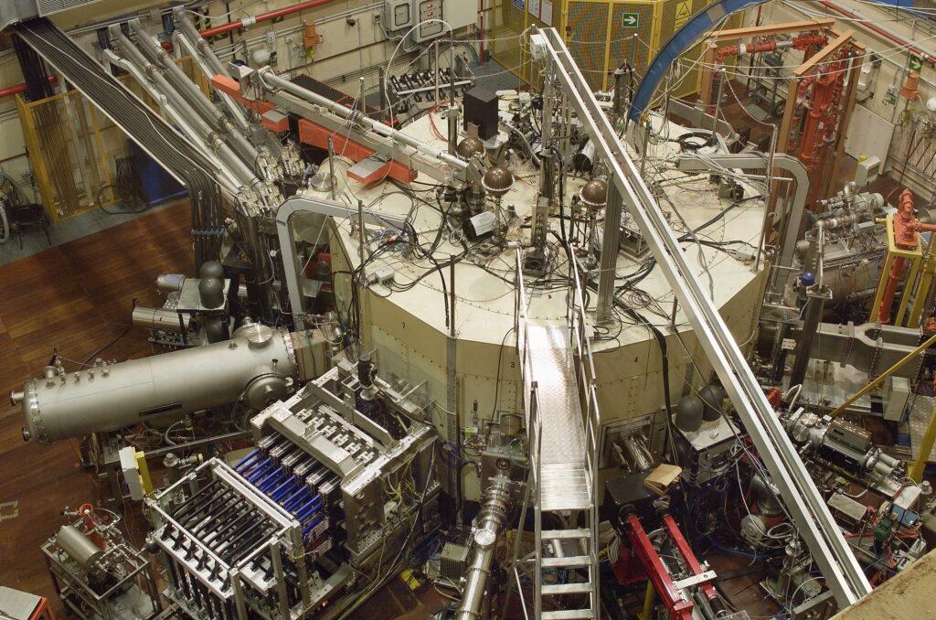 fusione nucleare, italia, ENEA, reattore, progetto, sperimentazione, Europa, energia, scorie, incidenti, plasma, temperatura, stelle, reazione, processo, produzione, Energy Close-up Engineering