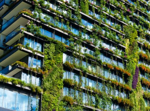 Edifici/ecosostenibili/protocolli/certificatori/LEED/GBCI/materiali/sostenibilità/edilizia/efficienza/energia/consumi/certificazioni/risorse/involucro/LCA/qualità/inquinamento/ambiente/Energy Close-up Engineering.