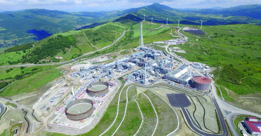 tempa rossa, petrolio, total, basilicata, italia, metano, gpl, estrazione, greggio, ILVA, oleodotto, Val D'Agri, Energy Close-up engineering