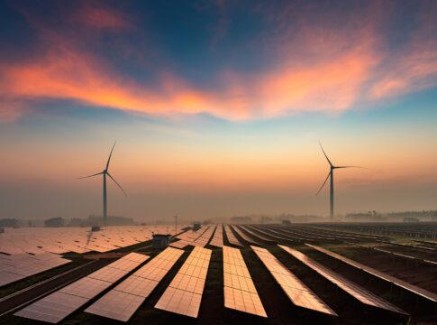 Italia, auto, elettriche, energia, rinnovabili, fonti, eolico, fotovoltaico, GWh, nissan, leaf, richiesta, consumo, surplus, parco, campo,, Energy Close-up Engineering.