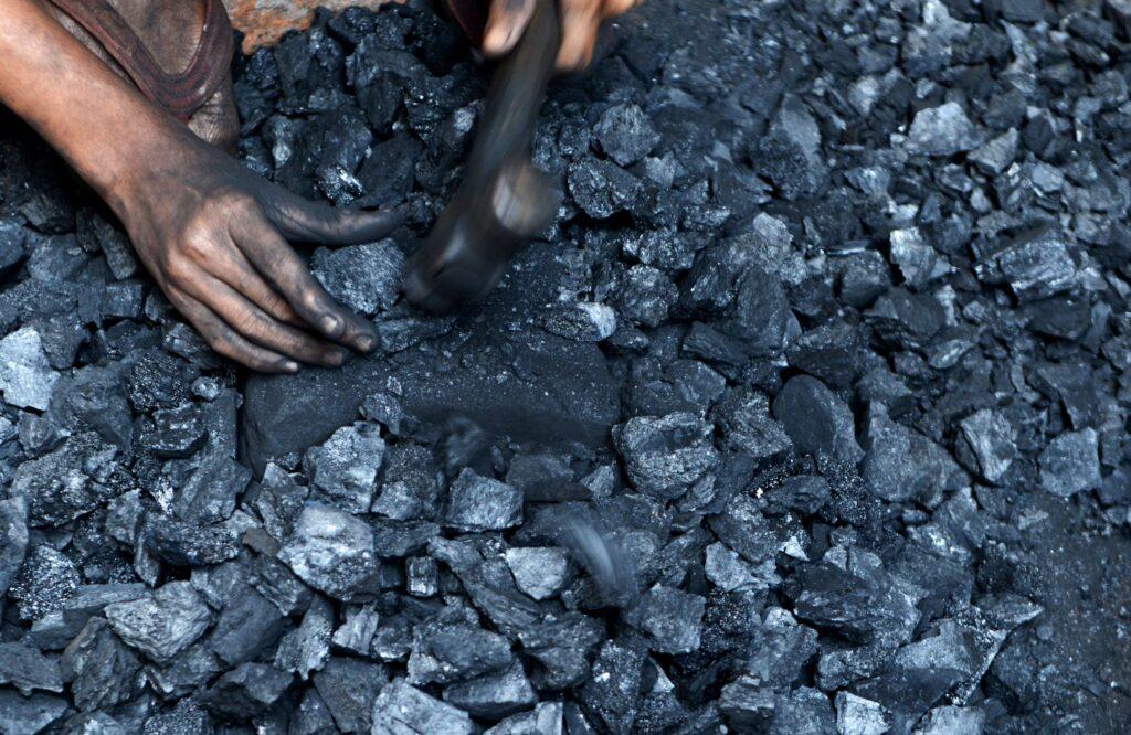 Carbone, India, combustile fossile, fonti fossili, inquinamento, aria, salute, energia elettrica, elettricità, produzione, transizione energetica, rinnovabili, idroelettrico, solare, eolico, green, Energy Close-up Engineering