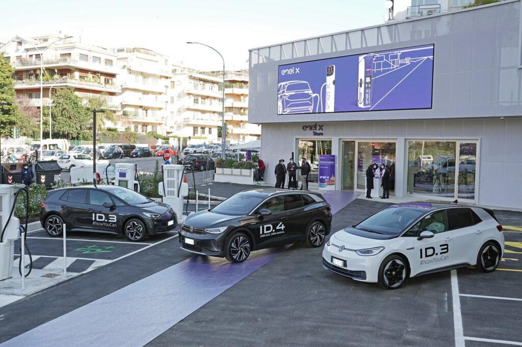 enel x, store, roma, ricarica, auto elettriche, veicoli elettrici, batteria, ultrarapido, innovazione, città, mobilità, energia, tecnologia, efficienza, smart, green, Energy Close-up Engineering