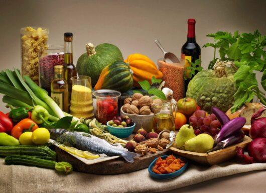 La doppia piramide alimentare: alimentazione e sostenibilità