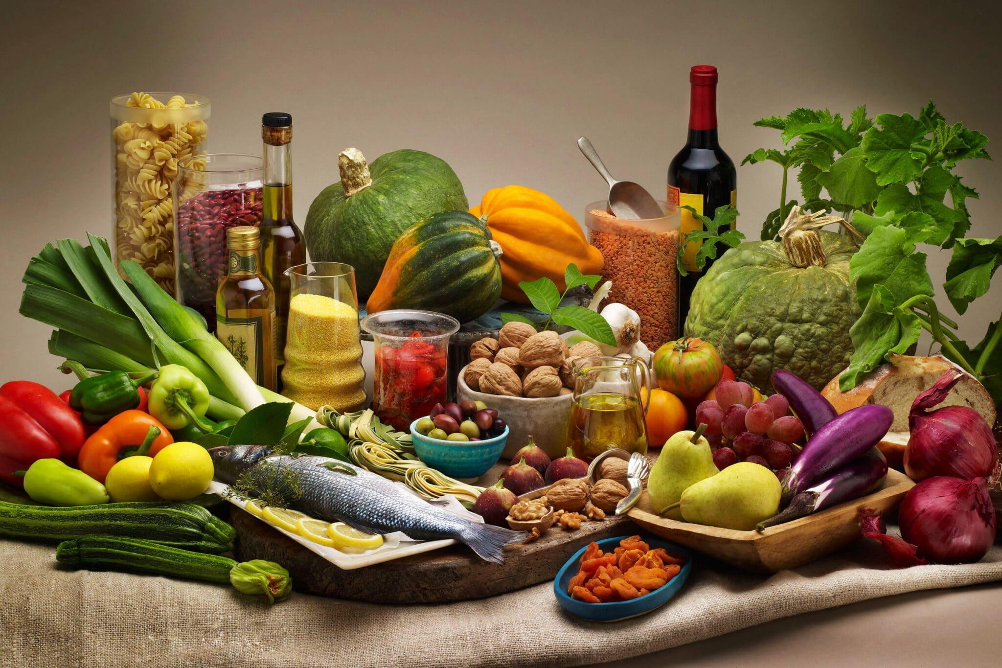 Piramide, alimentare, doppia, Barilla, BCFN, carne, vegetali, dieta, mediterranea, Energy Close-Up Engineering