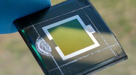 Tandem in Si-perovskite: nuovo record nel fotovoltaico