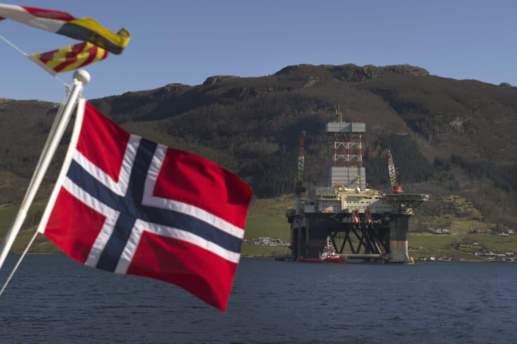 Basilicata, petrolio, greggio, metano, gpl, concessioni minerarie, accordo, transizione energetica, eni, compensazioni, royalty, impianti, norvegia, esportazione, finanziamenti, Energy Close-up Engineering.