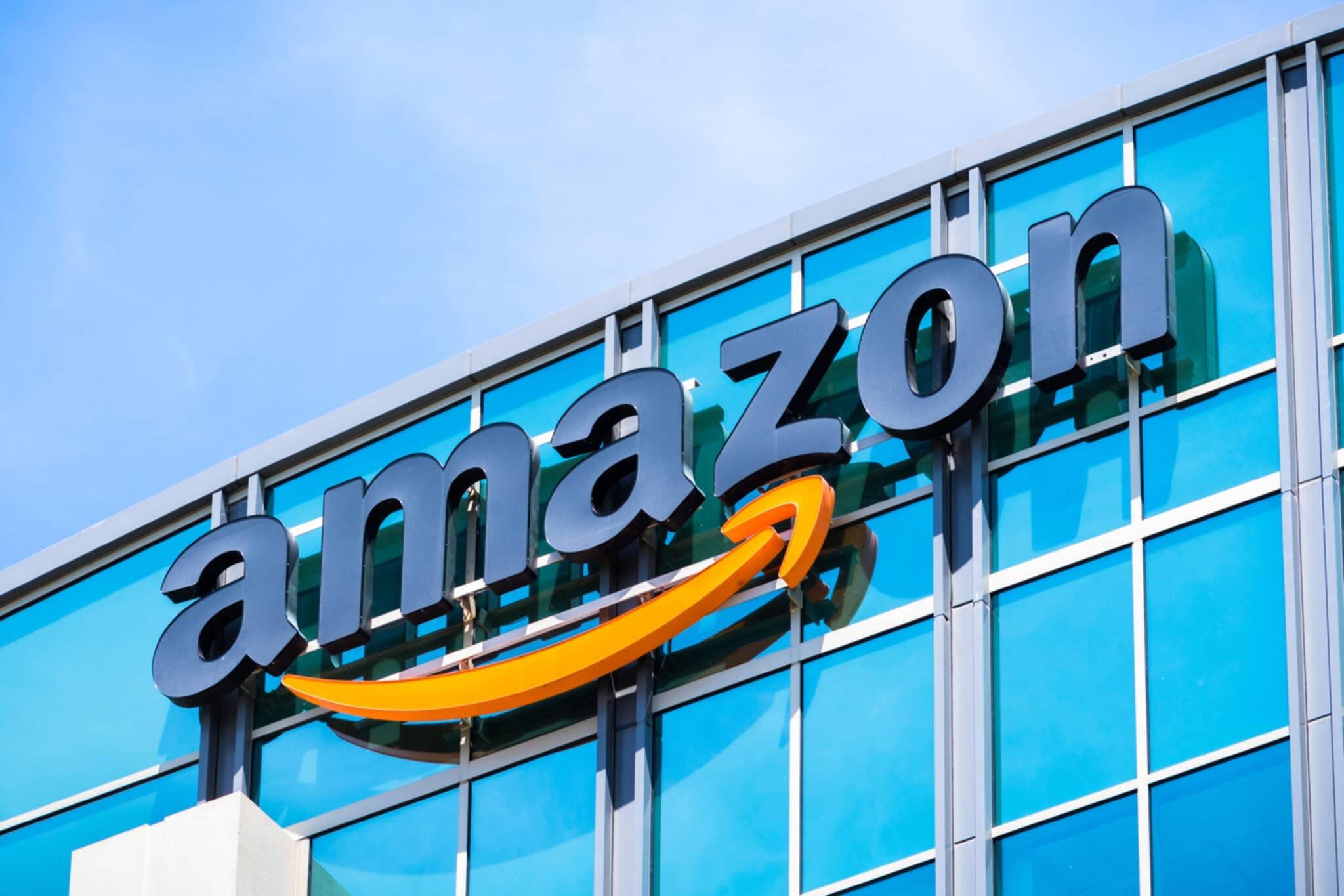 Amazon, leader, rinnovabili, investimenti, solare, eolico, emissioni, clima, obiettivi, energia, sostenibilità, esempio, aziende, impianti, Energy Close-up Engineering