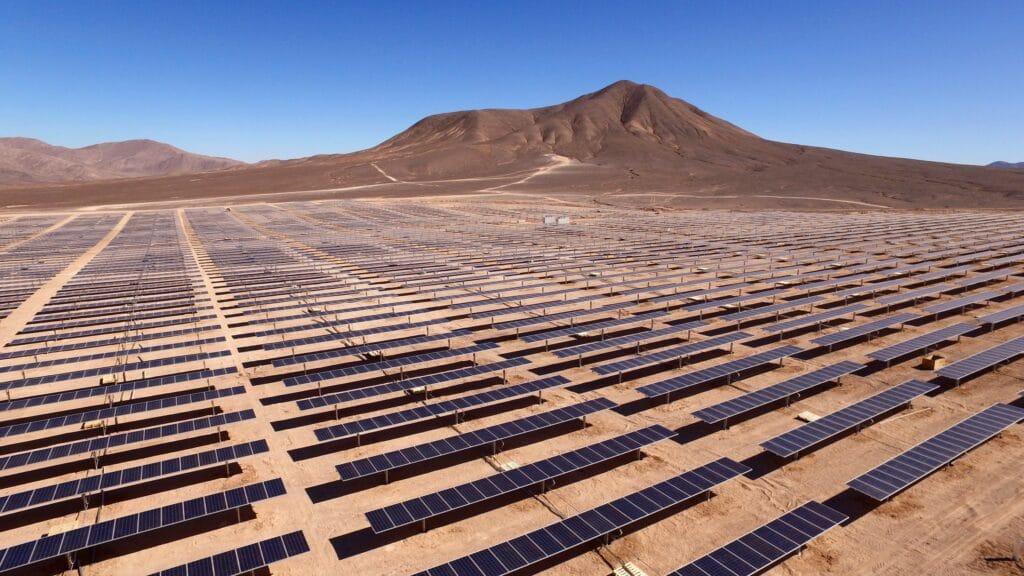 Obrist, eMetanolo, metanolo, aFuel, elettrolisi, fotovoltaico, idrogeno, batterie, modern forest, sequestro, anidride carbonica, CO2, cSink, energia, combustibile, Close-up Engineering.