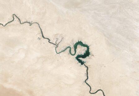 Eufrate a secco: crisi umanitaria nella Siria nord-orientale