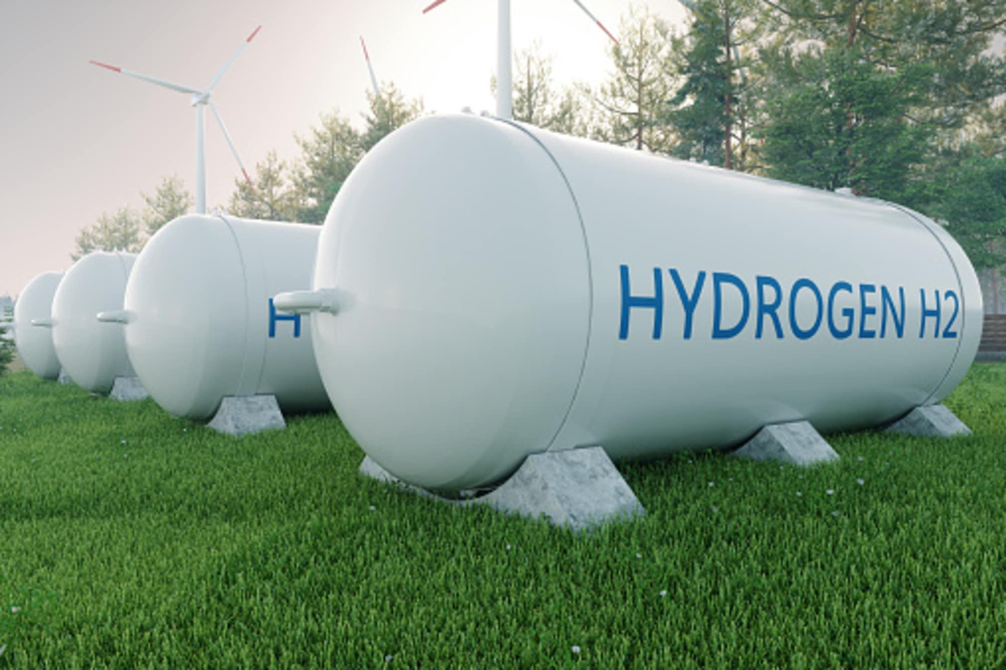 Idrogeno verde, Puglia, stabilimenti, elettrolisi, rinnovabili, fotovoltaico, sostenibilità, transizione energetica, neutralità climatica, energia , futuro, industria, produzione, aziende, tecnologia, Energy Close-up Engineering