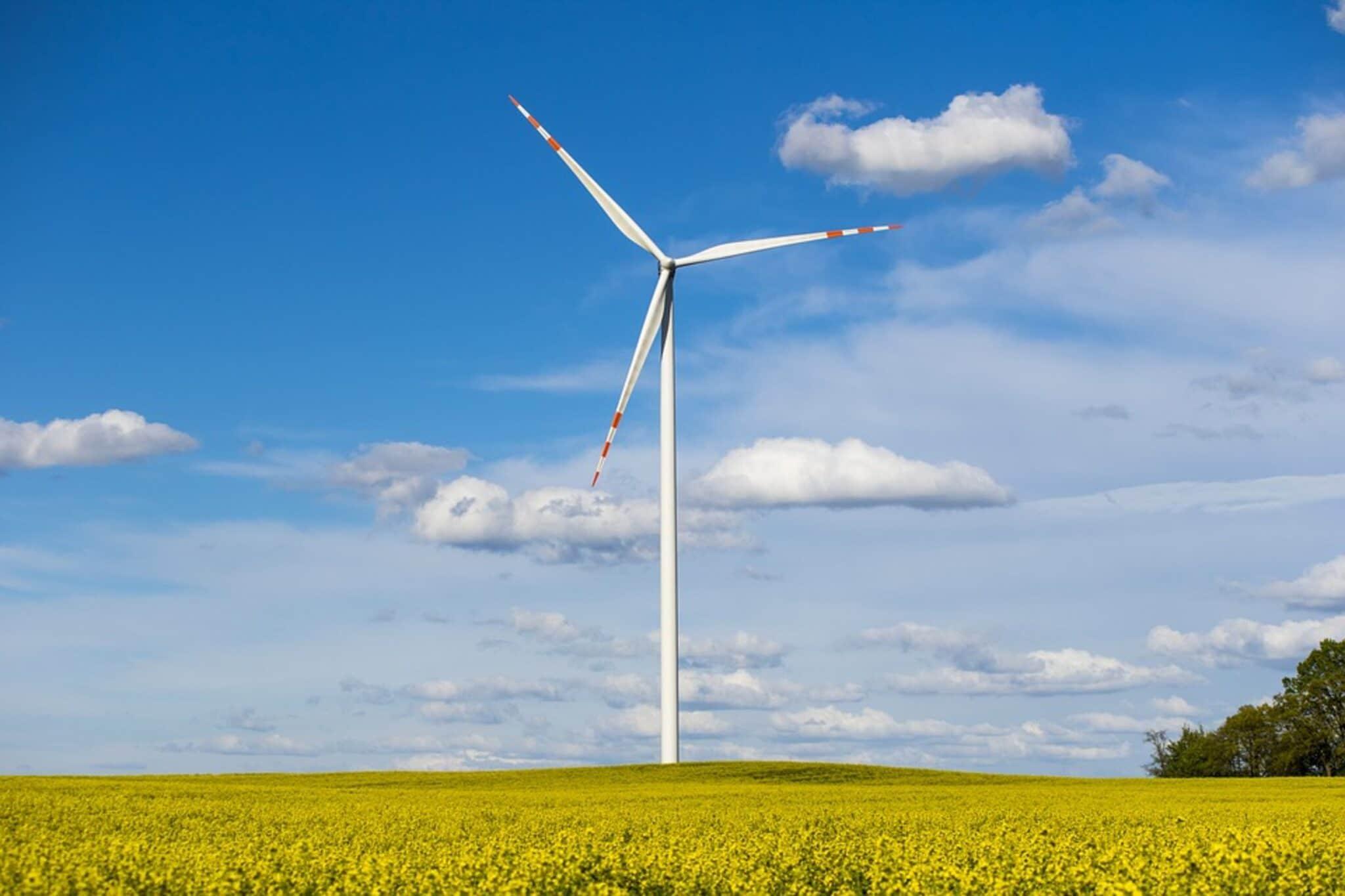 Gubbio, eolico, turbina, rinnovabile, Italia, ambiente, sostenibile, comunità, impatto, emissioni, collaborazione, autoconsumo, convenienza, obiettivo, istituzioni, cittadini, Energy Close-up Engineering
