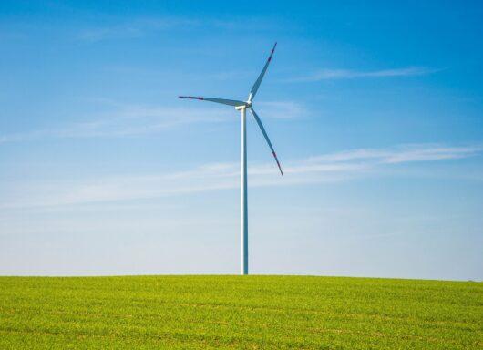 Energia eolica: l'evoluzione storica degli aerogeneratori